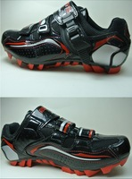 Free shipping- Cycling Shoes Mountain Bikes Locking Shoes Men's Outdoor Sports Bike Shoes