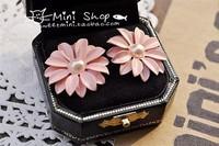 Hot fashion beautiful small Daisy Flower Pearl Earring FreeShipping/Wholesale HL19405
