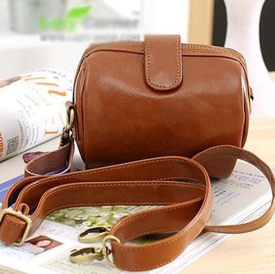 Hot selling PU Leather women messenger bag designer Rivet Camera bag women handbag day clutch camera women shoulder bags(China (Mainland))