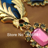 Big English A * OS gold sapphire necklace earrings leaf insect type