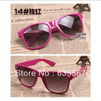1pc Rose Fashion Retro Vintage Men Women Casual Sun Glasses Black Lens Frame Wayfarer Trendy  Sunglasses Popular