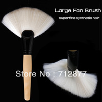 Large Fan Brush Professional Superfine Synthetic Hair Cosmetic Brush High Qulaity
