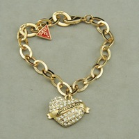 Free Shipping Hot Sale 2013 New Design Brand Love Heart Pendant Bracelet Gold Plated Fashionable Bracelets Jewelry Length 17cm