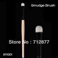 High Quality Eye Smudge Brush Shadow Brush Superfine Synthetic Hair Antiallergic Makeup Brush