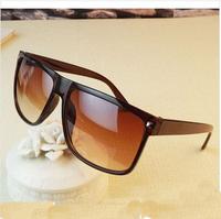Free dropshipping 2014 New Retro Amazing Looking Women & Men Sunglasses UV protection Brand Designer Sports Jacket Eyewear SG141