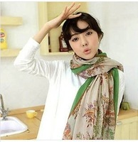 Free shipping (MIX order $10)2013 south Korean new winter rural retro floral cashew totem  flower shawl  silk scarf