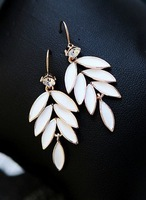 Free shipping/Promotion wholesale Leaves tassel earrings, high quality earrings, fashion jewelry,wholesale jewelry,factory price
