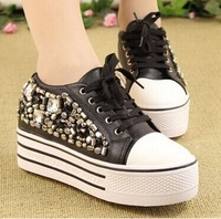 New Women's Fashion Sneakers Lacing Round Toe Personality Rivet Platform Wedges Shoes Low-top Women's Height Increasing Sneakers