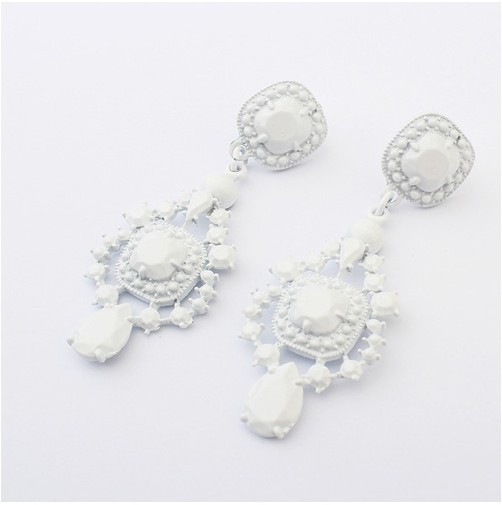 Europe and the United States National Fashion geometric light Earrings+FREE SHIPPING#99860*E82(China (Mainland))