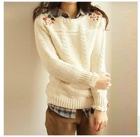 2014  new style Korean  round collar long sleeve embroidered pullover knitted sweater  in stcok 069