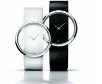 (Free mailing) New  2013 ! Fashion Black And White Two-color Female Clothing Gift Quartz The Clock Wrist  Watches!
