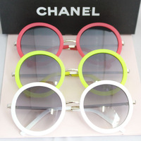 new 2014 fashion white and black sunglasses women female round vintage sunglasses man male glasses sunglasses