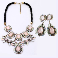 Winter Design Water Drop Gem Stone Bead Flower Pendant Necklace Earring Jewelry Sets Vintage Shourouk Necklace Collar for Women