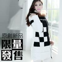 Free Shipping! High-end Customization Raccoon Fur Collar Long-sleeve Fashion Thicken Women Down Jackets Coats,GRYR195