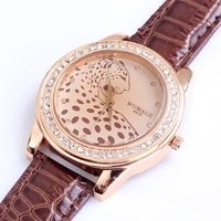 Top quality full luxury diamonds leopard pu leather strap quartz wristwatch women Cheap womage