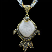Fashion Jewellery Vintage Look Antique Bronze Plated Milet Chain Cute Resin Crystal Goldenfish Pendant Necklace TN02