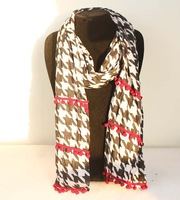 2013 new brand women's scarf winter warm pashmina Houndstooth shawls fashion christmas cashmere scarves scarf free shipping