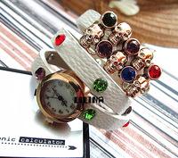 Plant Direct selling! multicolor coloured Rhinestone Women Fashion Leather gold skull Watches