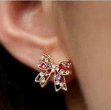 Free shipping (Min order $10) Fashion accessories sparkling gem  bow stud earrings