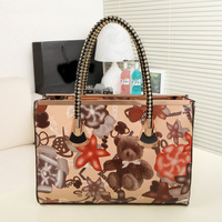 FLYING BIRDS! FREE SHIPING pu leather Wild fashion Printed Handbag oil slick bag