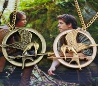 Free shipping,Min order 15$ (Mixed order) Trendy Retro Mockingbird Circle Freedom Badge Hunger Games Alloy Logo Pendant Necklace