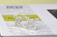 Exempt postage  2013 Korea fashion accessories wholesale exquisite full of diamond letters drip small fragrant double c earrings