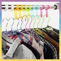 [Robe Hooks]Free shipping 24PCS/lot wholesale Windbreaker lock little gift pack hanger windproof buckle