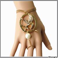 Famous Hunger Game Bracelet Fashion Vintage Pearl Chain bracelets for women Retro Gold silver Bronze bracelet Jewelry