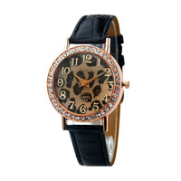 New pu Leather Crystal Leopard printted Lady Fashion Woman Wrist Watch