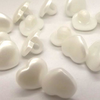 200PCS /lot heart shape button white red muliticolor candy color  PLASTIC children buttons craft  for kid free shipping