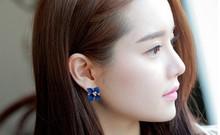 E168 New Fashion 18K Gold Plated Flower Crystal Stud Earrings Flower Rhinestone Earrings for Women 6