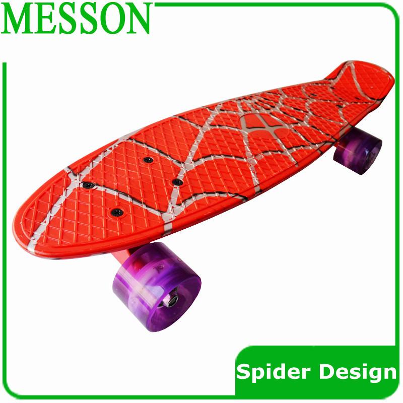 """Spedizione gratuita 22""""pazzo banana mini skateboard skateboard di plastica con longboard completo skate board 1 pz"""