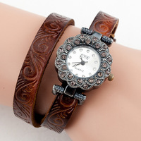 2014 New Women's Vintage Flower Engraved Leather Band Quartz Analog Bracelet Wrist Watch with Rhinestone (Assorted Colors)