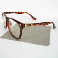 Retail With Bag And Cloth Classic Brand Myopia Eyeglasses Gothic Chrome Style Rivet Optical Glasses Plastic Frame