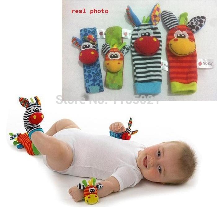 Jouet de bébé nouveau style sozzy animaux jouets poignet hochets et foot chaussettes avec sonnez pour l'apprentissage& éducationproduction 8 pièce/beaucoup.