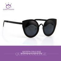 Queen College with case Retail Brand Retro frame cat eye sunglasses women glasses sun box lens Fashion sunglass 8colors QC0071