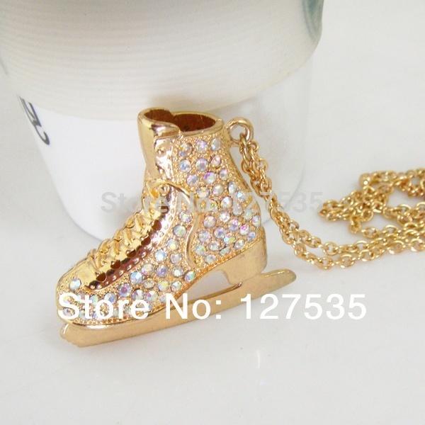 free shipping 2 pcs/lot latest fashion jewelry items delicate ice skates shoes 2 side rhinestone crystal ab big pendant necklace(China (Mainland))
