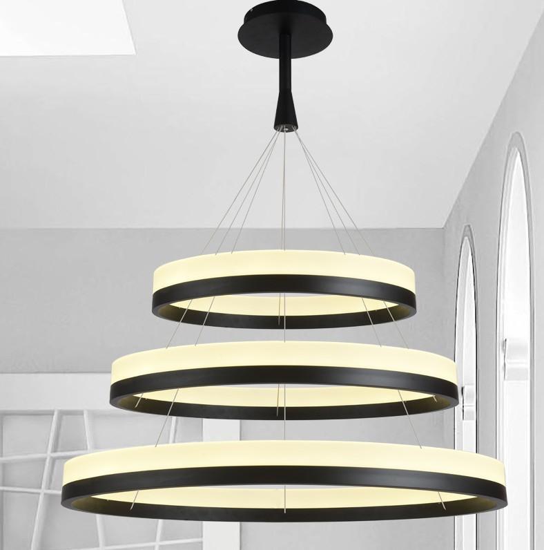 kupferfarbene hängeleuchte im natürlichen wohnzimmer | roomido ... - Hangelampe Wohnzimmer Modern