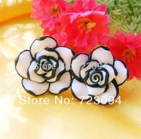 Mini order is $10 (mix order)2014 New Fashion Cute Gift Women Girls Black & White Rose Flower Stud Earrings Wholesale JE031