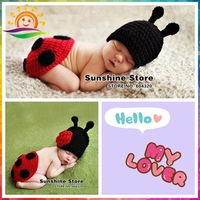 Sunshine store #3C2647 retail Fashion Red&Black Ladybug baby Animal Costume handmade Knit Crochet photography props Crochet hats