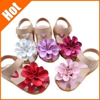 Девушки дети кожаные босоножки 2014 дети свободного покроя цветочные сандалии девушка туфли размер 21 - 30
