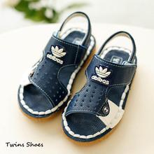 2015 pattini di estate del bambino sandali per ragazzi sandali bambini sandali di cuoio per bambini pantofole bianco blu sandali da spiaggia bambino  (China (Mainland))