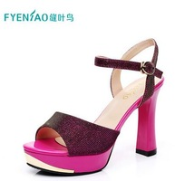 FYENIAO2014 new summer sandals. The new European and American big fashion shoes. Thick with shoes.