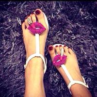 New arrival fashion lip women sandal design personality summer flat sandals designer women shoes