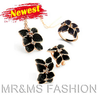 Free shipping factory direct wholesales 18K gold Moldbaby Vintage necklace earrings rings  fashion crystal jewelry sets H4954