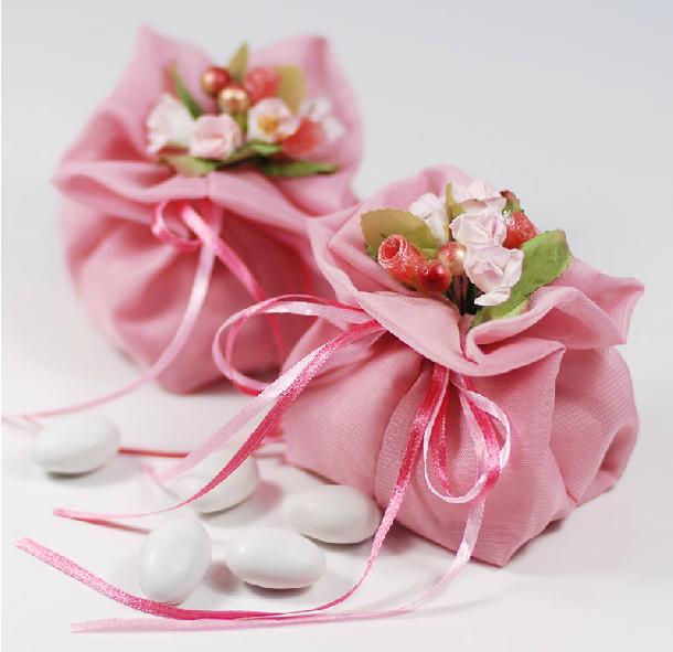 Großhandel 20 stück tuch pink candy beutel mit blumen neueste mode hochzeitsbevorzugung konfektschachteln european hochzeit party geschenk-boxen