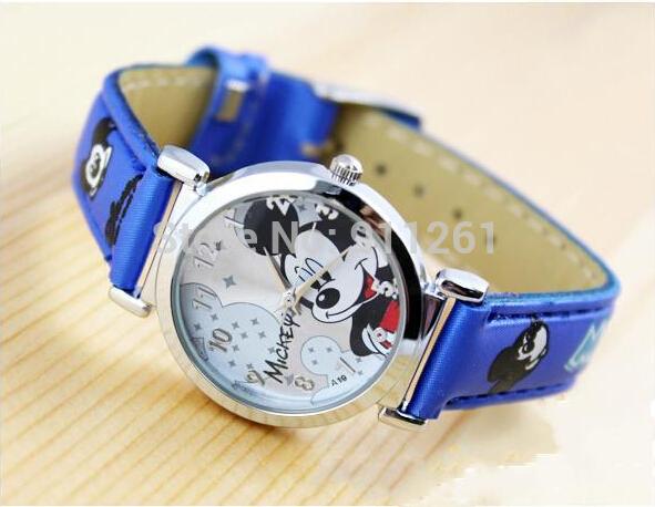 Mickey Watch Boy's Girl's Children's Watch Quartz Wristwatch Free Shipping(China (Mainland))
