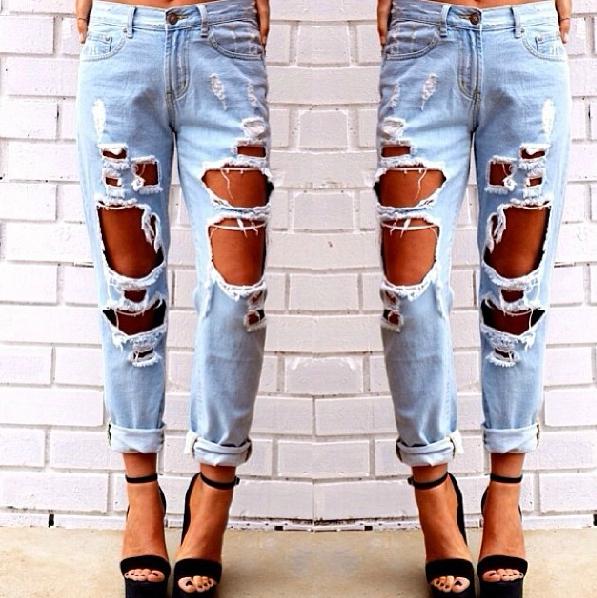 Trous en jeans