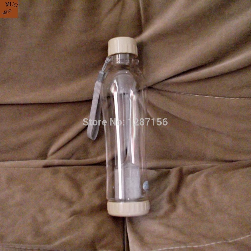 Grande capacidade de 700 ml esporte PC garrafa de água ao ar livre com chá infusor tampa à prova de vazamento corda para a manipulação Food grade copo de plástico(China (Mainland))