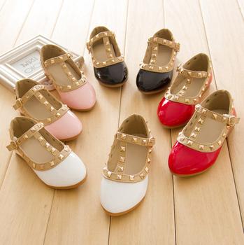 Красавица принцесса обувь для девочек заклепки кожа танец кроссовки дети 2014 новый дети мода туфли